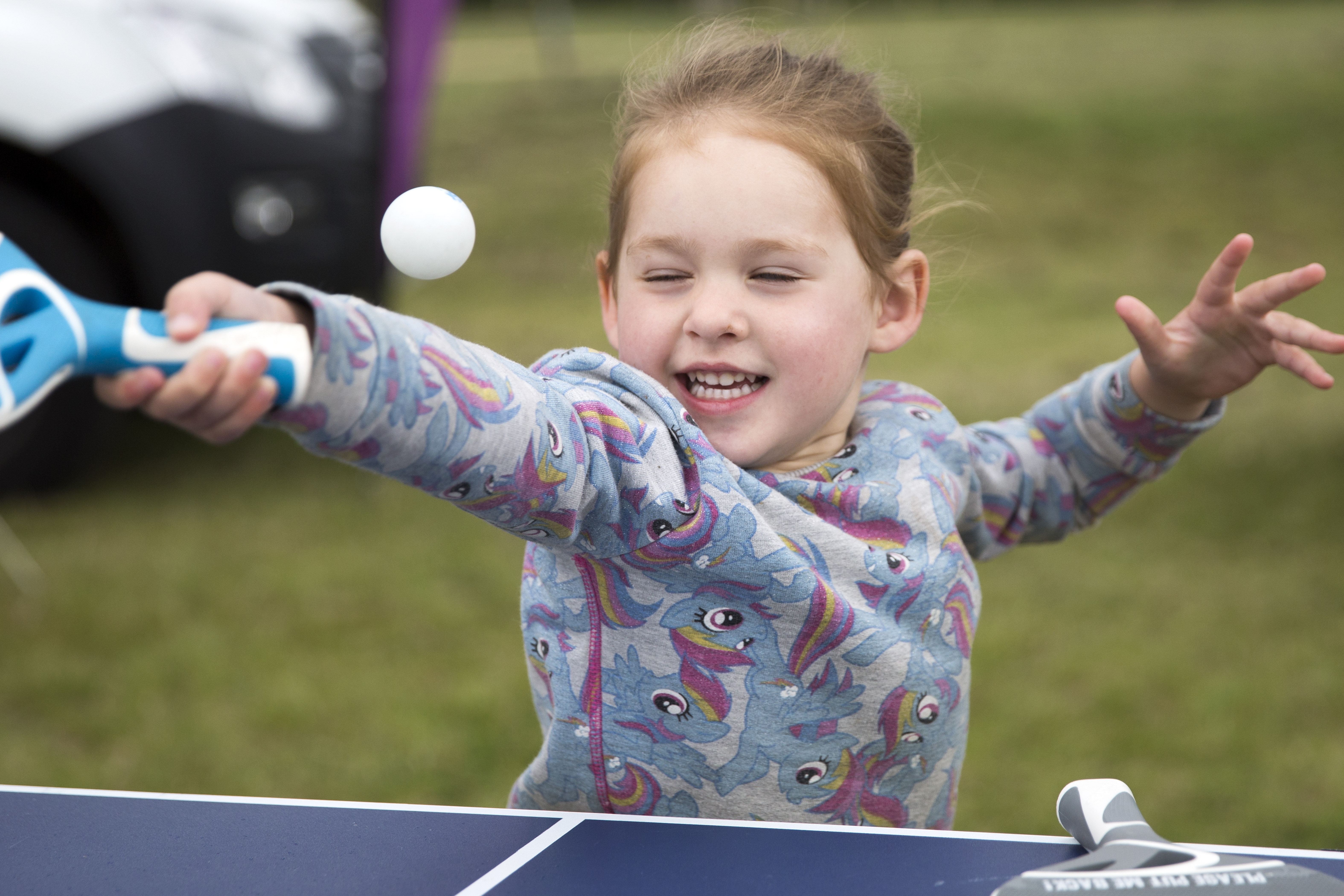 Parkland-Play-Playing-Children-Ping-Table-Tennis